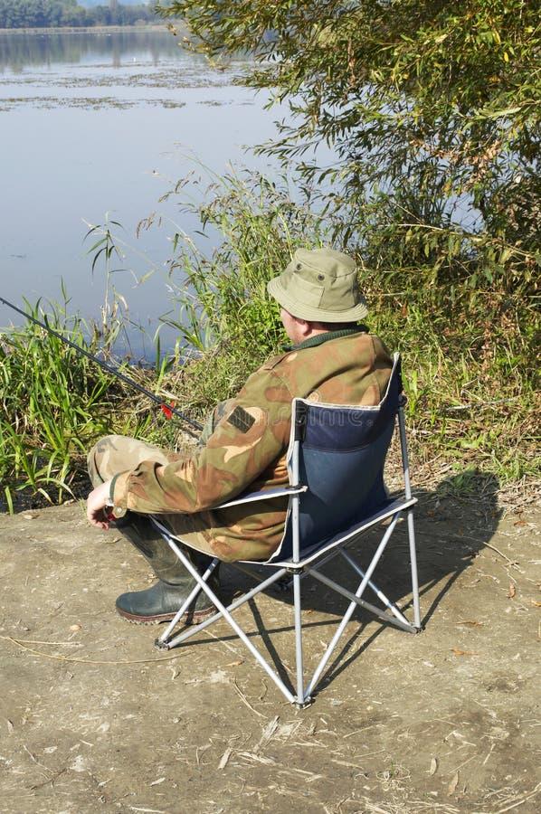 Pescador no lago Balaton imagem de stock royalty free