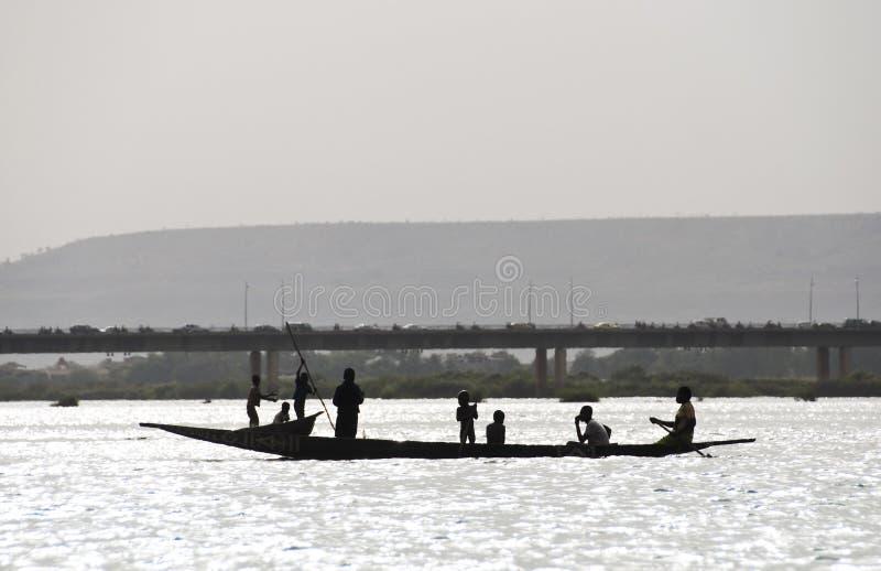 Pescadores del Bozo en Bamako, Malí imagen de archivo libre de regalías