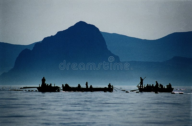 Pescadores - redes de pesca del atún fotografía de archivo