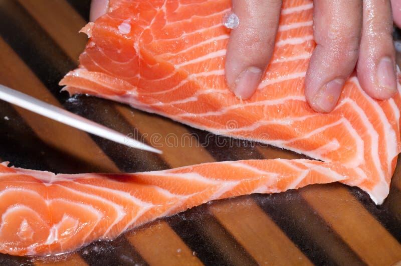 Pescados de color salmón sin procesar frescos imagen de archivo libre de regalías