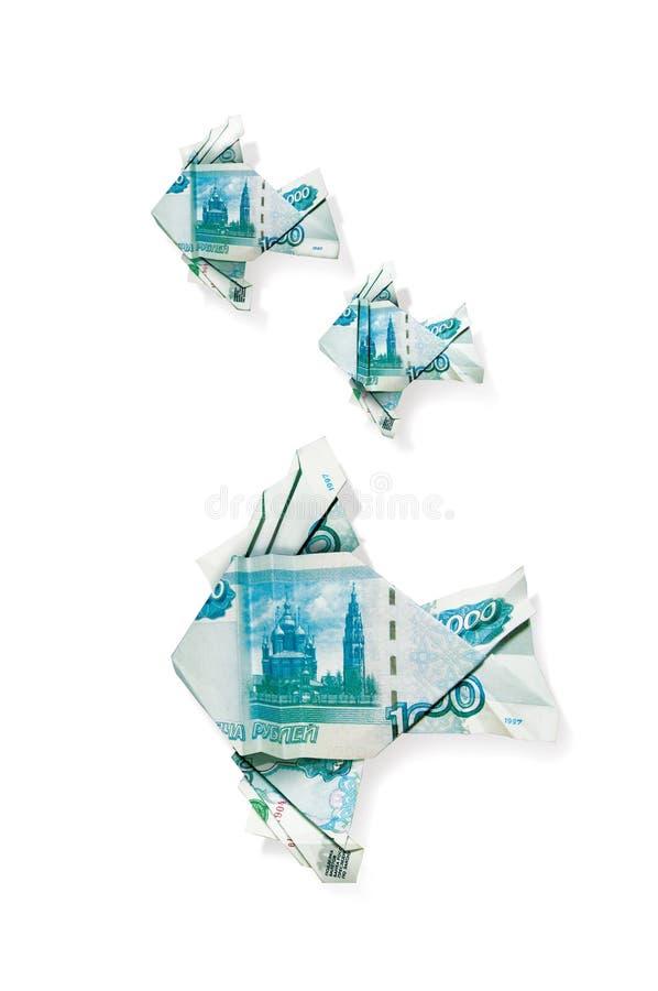 Pescados de la papiroflexia hechos de los billetes de banco del banco de la denominación de Rusia de 1000 rublos ejemplo 3D, aisl stock de ilustración