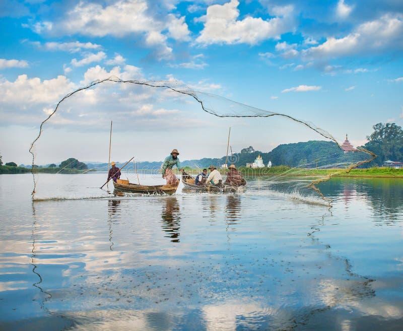 Pescados del retén de los pescadores imagen de archivo