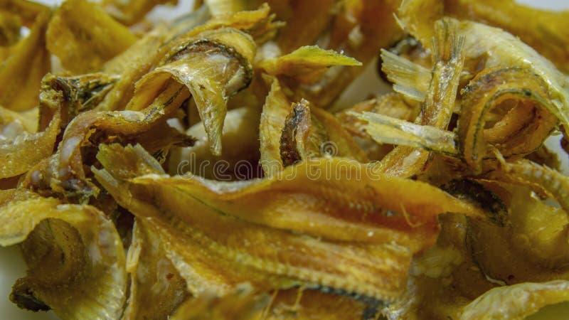 Pescados secos salados crujientes de la comida tradicional foto de archivo