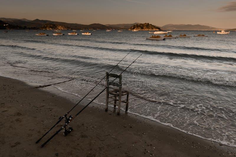 Pescando em Tolo, Grécia imagens de stock royalty free