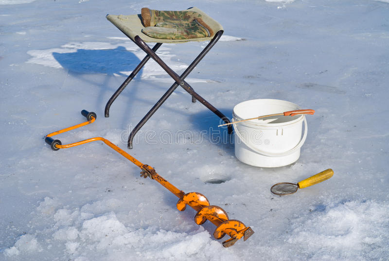 Pescando sul ghiaccio (strumentazione) 4 immagine stock