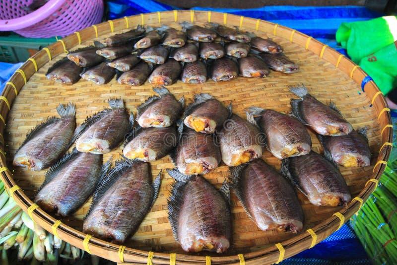 Pesce salato secco della donzella fotografia stock