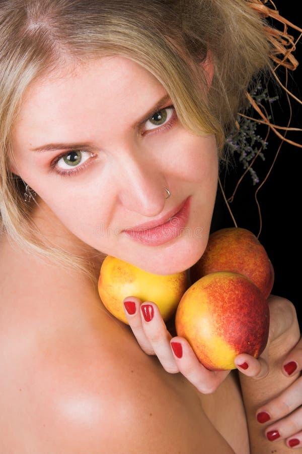 Download Pesche dolci immagine stock. Immagine di background, sexy - 7319589