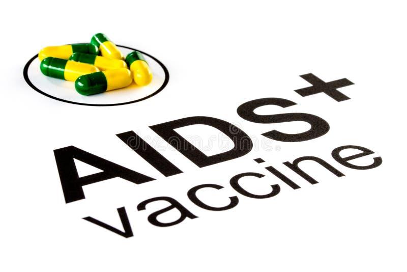 Pesquisa da ciência pela cápsula vacinal oral do SIDA, VIH imagens de stock royalty free