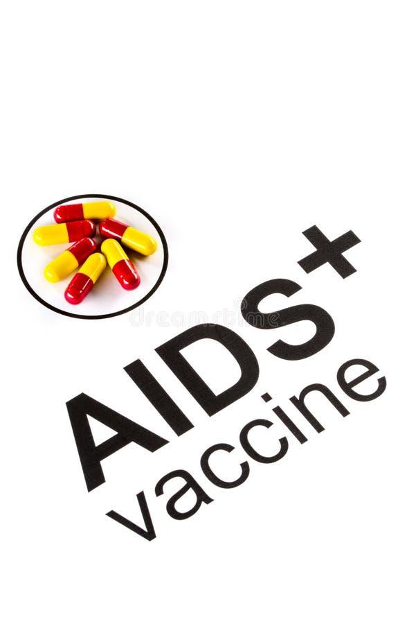 Pesquisa da ciência pela cápsula vacinal oral do SIDA, VIH fotos de stock royalty free