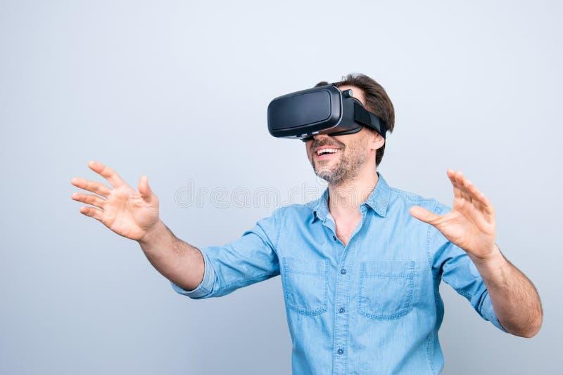 A pessoa dos povos aprecia o conceito Retrato do deligh entusiasmado alegre imagem de stock royalty free