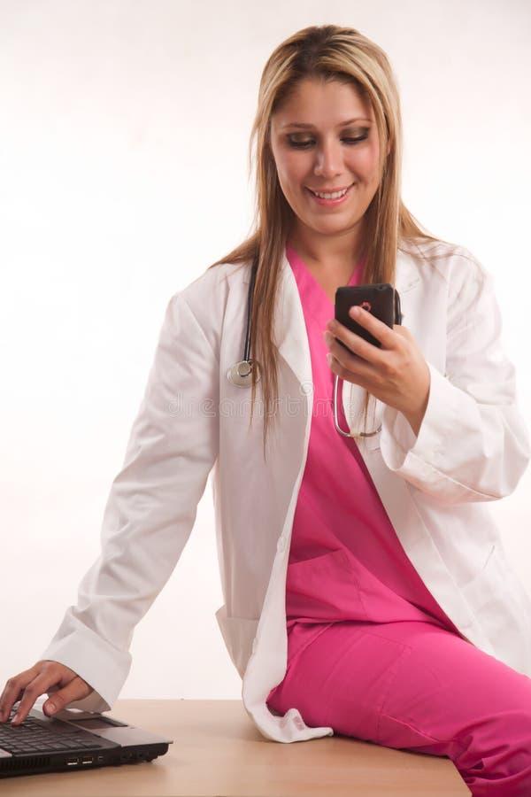 Pessoais médicos adultos latino-americanos atrativos imagens de stock royalty free