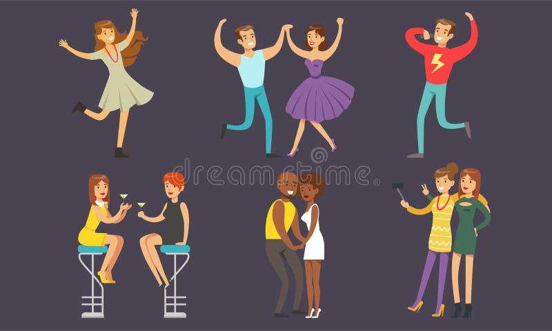 Pessoas dançando e bebendo coquetéis na Ilustração Vetor Nightclub ilustração do vetor