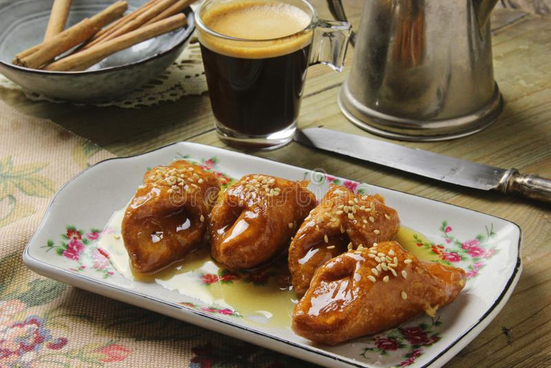 Pestiños traditionell kaka i helig vecka royaltyfria foton