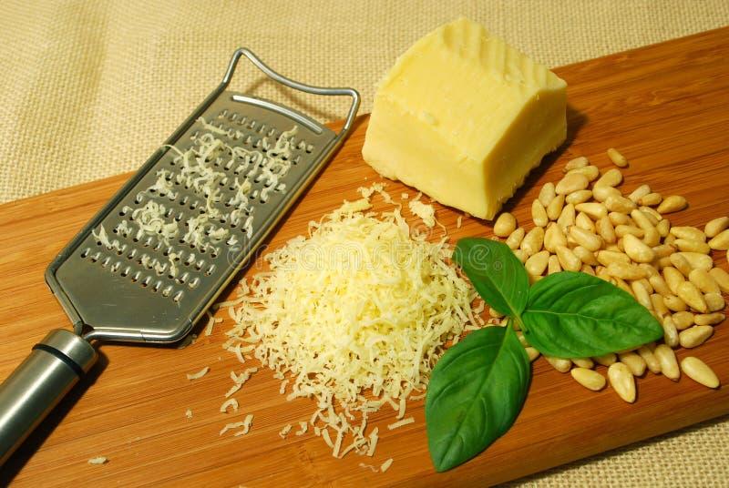 Pesto Bestandteile stockbild