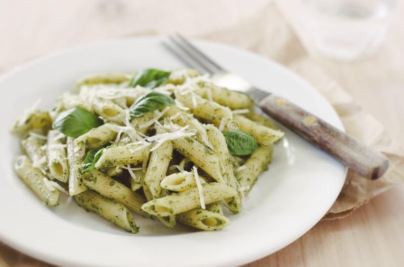 Pesto pasta arkivbilder
