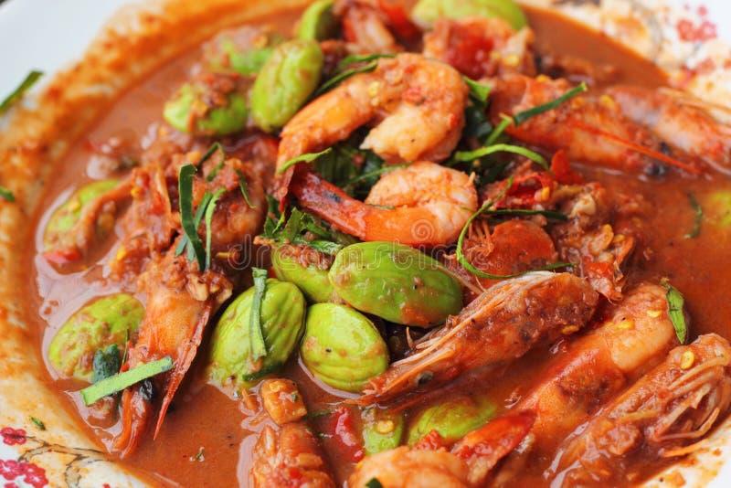 Petai frito del camarón - comida asiática imagen de archivo