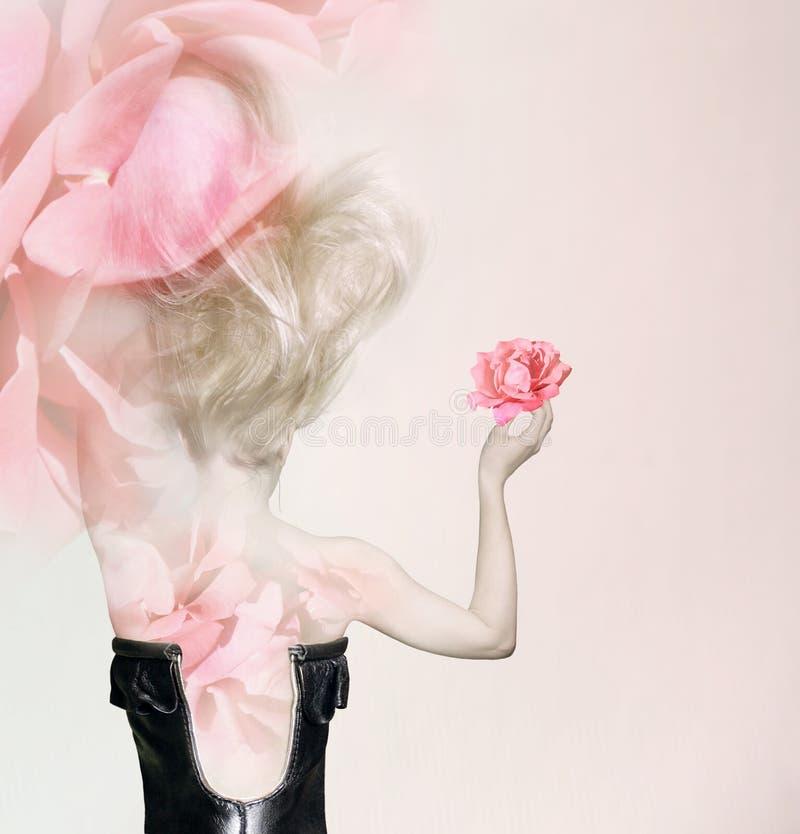 In petali rosa immagine stock