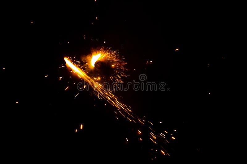 Petarda zaświecająca w festiwalu sezonie Diwali obrazy stock