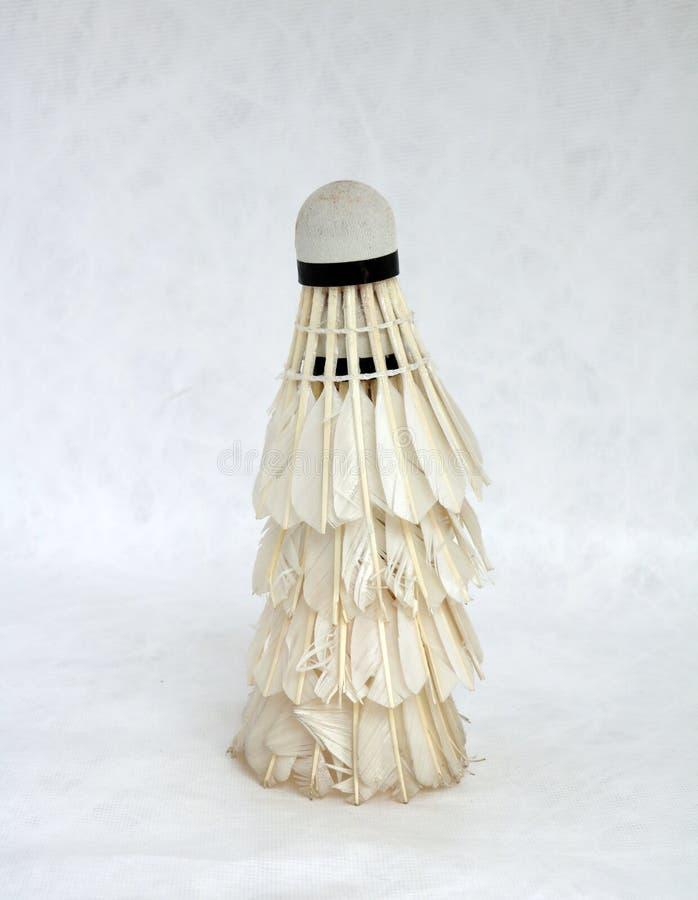 Peteca usada, bola do badminton imagem de stock