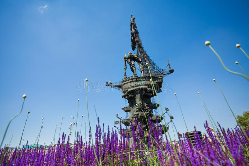 Peter ο μεγάλος στο μνημείο σκαφών στη Μόσχα στοκ φωτογραφία