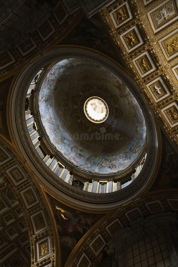 Peter bazyliki Rzymu jest wewnętrzny st. zdjęcia royalty free