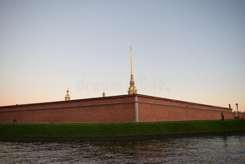 Peter en Paul Fortress in heilige-Petersburg royalty-vrije stock afbeelding