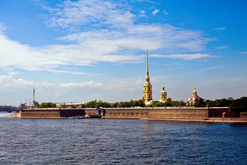 Peter en Paul Fortress in heilige-Petersburg stock afbeeldingen