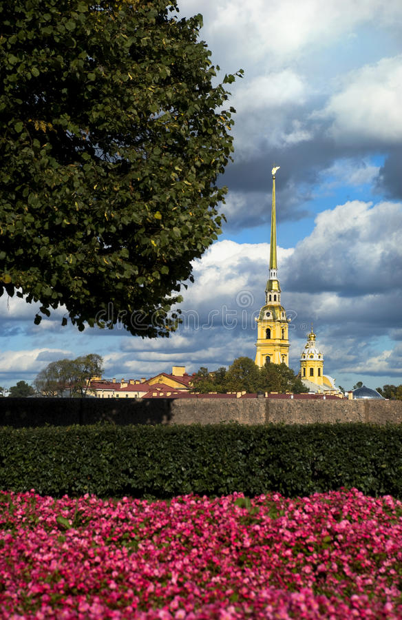 Peter och Paul fästning i St Petersburg fotografering för bildbyråer
