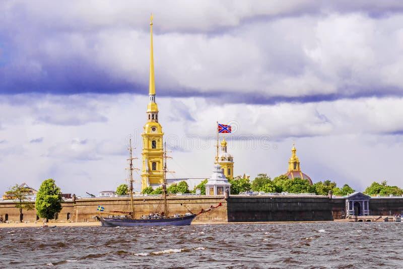 Peter-und Paul-Festung in St Petersburg lizenzfreie stockfotografie