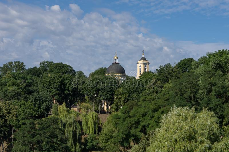 Peter y Paul Cathedral, el templo principal de la diócesis de Gomel Bielorrusia Gomel fotografía de archivo