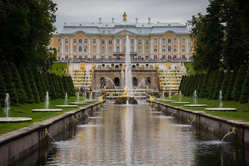 Peterhof St Petersburg, Ryssland royaltyfria foton