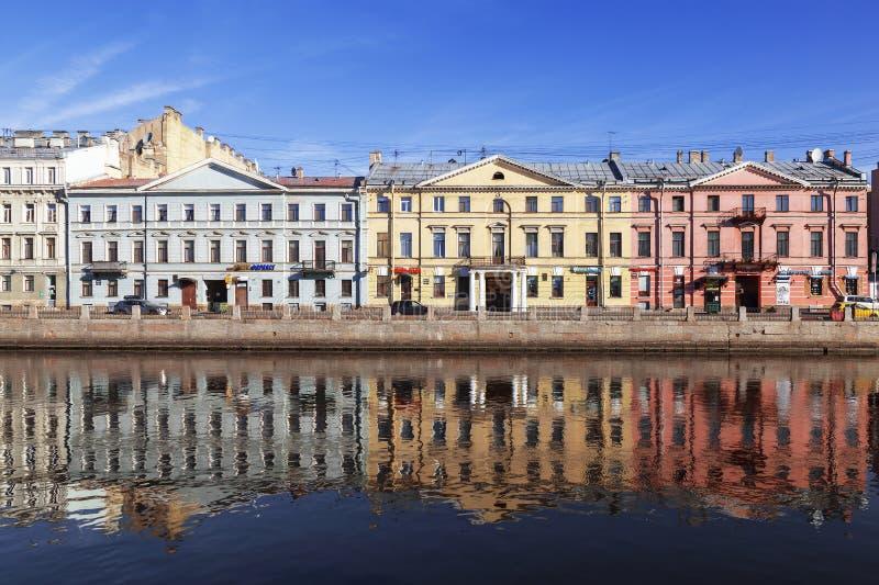 Petersburg Tenement domy na Fontanka rzeki bulwarze Poprzedni domy Poltoratskaya-Oleninykh obraz stock