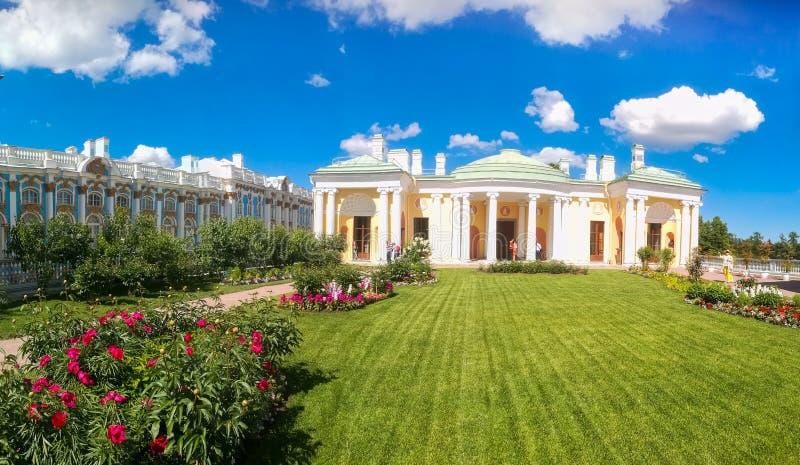 Petersburgo, Rússia - 29 de junho de 2017: Salas da ágata na rampa de Cameron Gallery Tsarskoe Selo fotos de stock royalty free