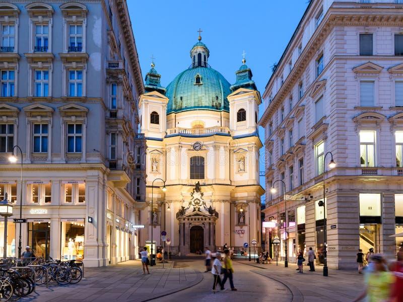 Peterskirche (圣伯多禄教会)在维也纳 免版税图库摄影