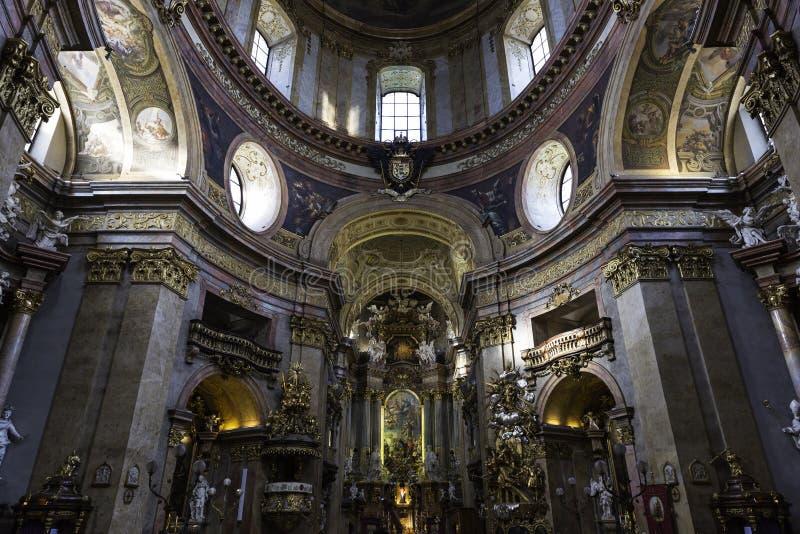 Peterskirche, Viena fotografía de archivo libre de regalías