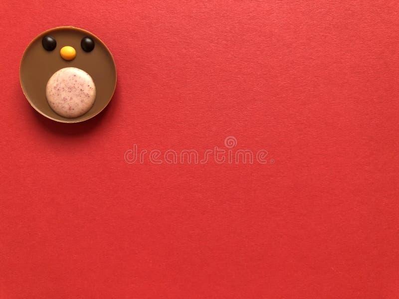 Petirrojo del petirrojo del chocolate, una invitación deliciosa de la Navidad fotografía de archivo