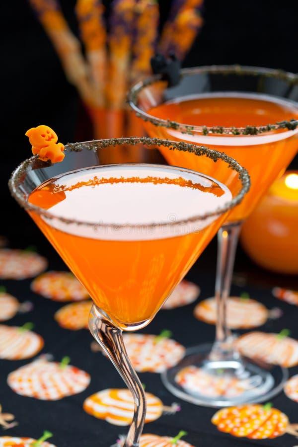 Petisco e bebidas de Halloween imagens de stock