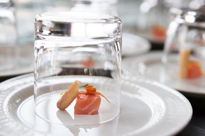 Petisco salmon pequeno fotos de stock royalty free