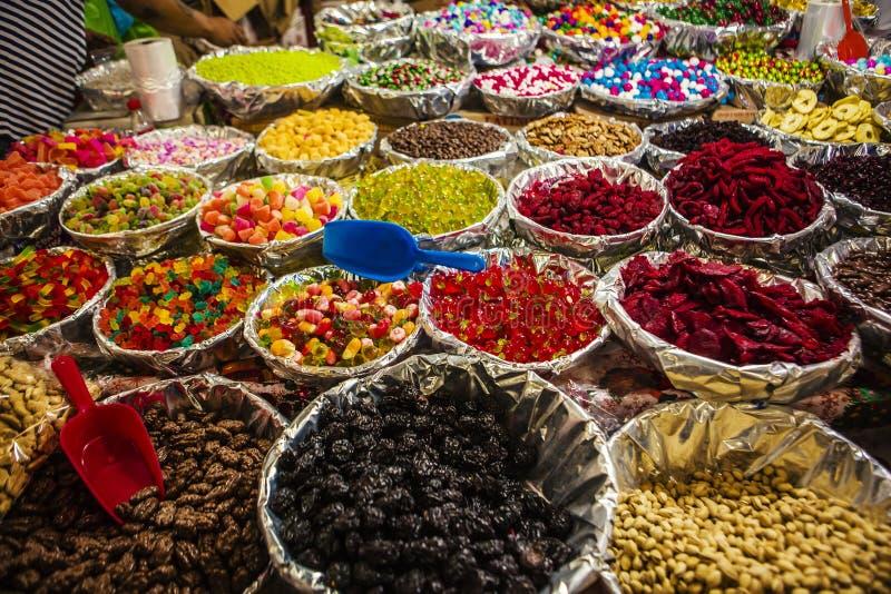 Petiscos em um mercado, México imagem de stock
