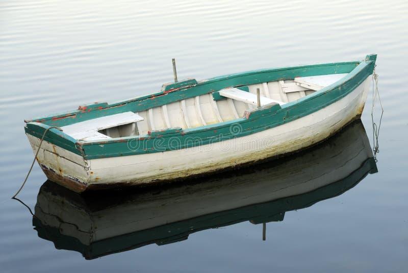 Petit bateau de pêche photos stock