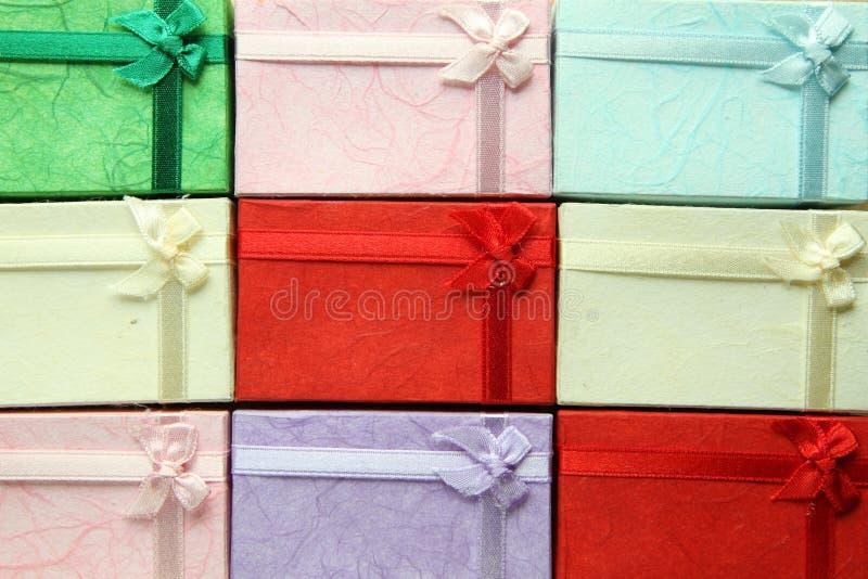 Petit cadre de cadeau coloré image stock