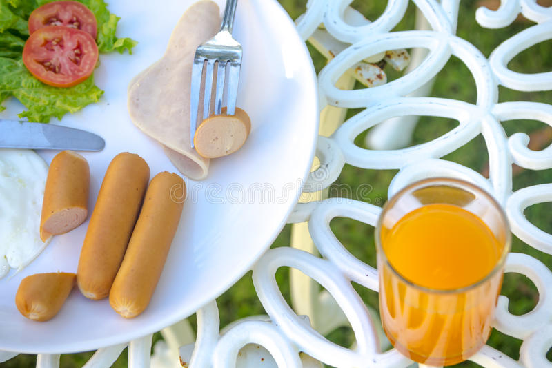 Download Petit déjeuner photo stock. Image du saucisses, gourmet - 45367782