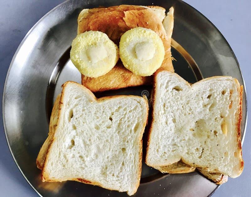 Download Petit déjeuner photo stock. Image du homemade, pains - 87707378