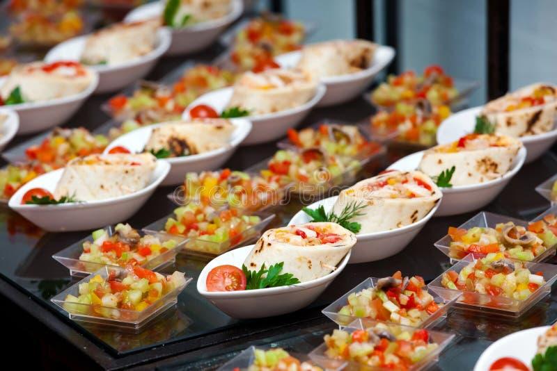 Petit déjeuner continental dans l'hôtel photographie stock