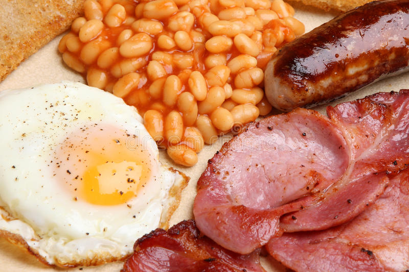 Petit déjeuner cuit le plein par anglais images stock