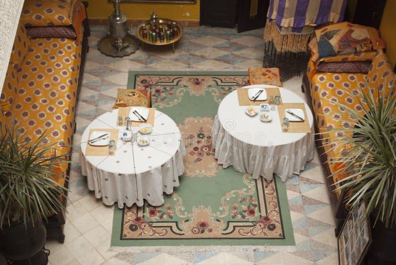 Petit déjeuner dans un riad de Marrakech photographie stock