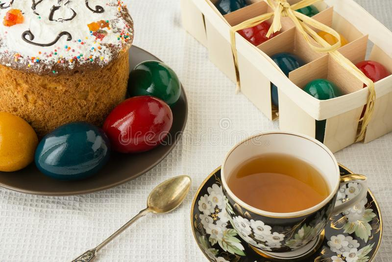 Petit déjeuner de matin de Pâques photographie stock libre de droits