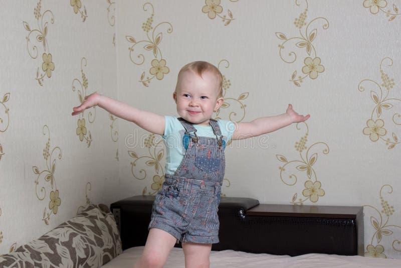 Petit enfant photos stock