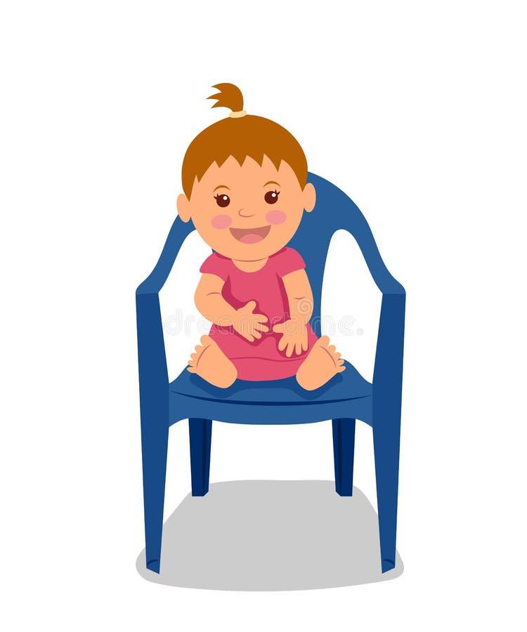 Petit enfant mignon s'asseyant sur la chaise et le sourire Petite fille dans une robe rose illustration libre de droits