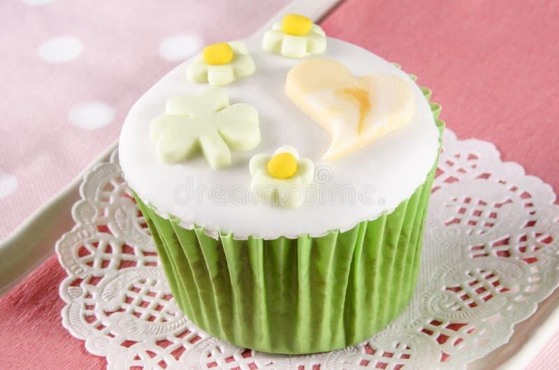 Petit gâteau de jour de patricks de St photos libres de droits